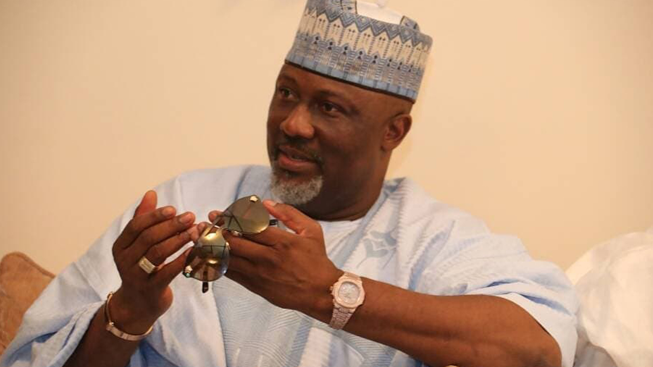 DINO MELAYE: 'I give God the Praise'