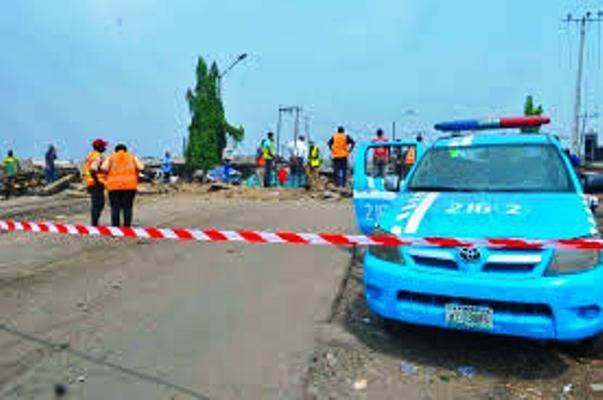 6 die, 24 injured in auto crash on Lagos-Ibadan expressway
