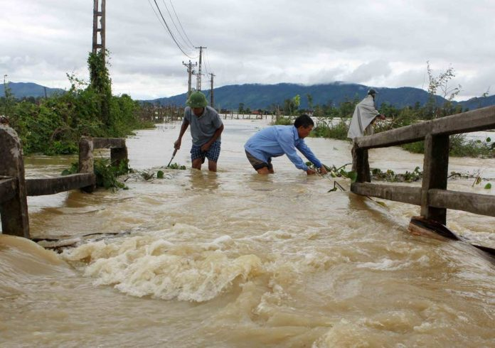 24 dead, 6 missing in Vietnam floods