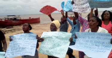 Baiyeku: Lagos Community protests against illegal dredging activities on waterways