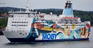 Ferry with more than 1000 passengers ran aground off Stockholm