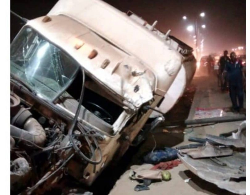 Tanker crashes into drain avoiding a corps member in Anambra