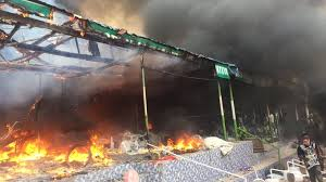 Akure: 2 men, one of them a Policeman, killed as mob burns worship house