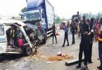 Truck crushes 2 hawkers to death on Lagos-Ibadan expressway