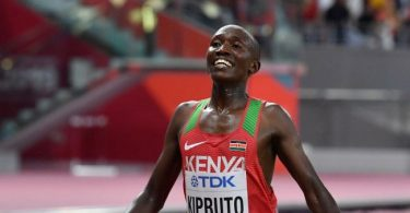 Kenya's Kipruto breaks world 10km record in Valencia