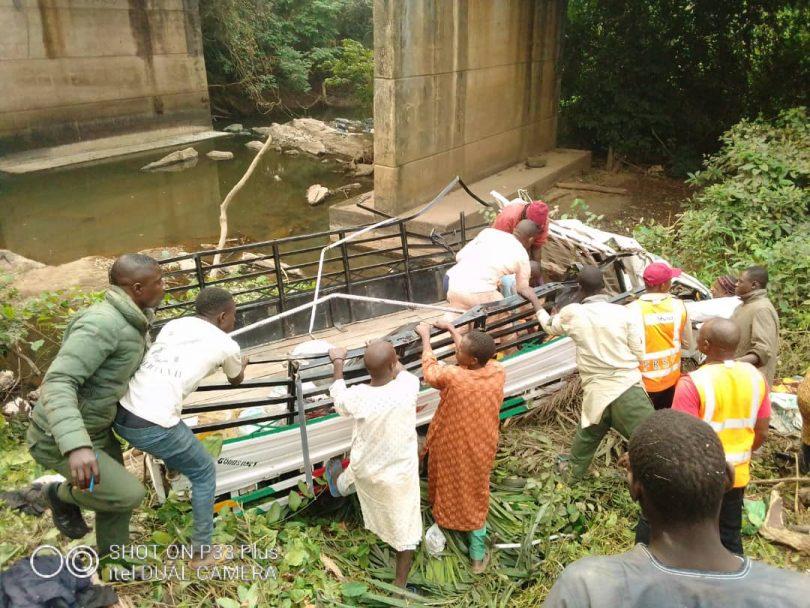 15 die, 38 injured as truck plunges into river on Ibadan-Ijebu Ode road