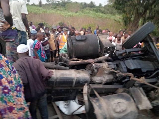 OVERSPEEDING: 8 die, 17 injured in lone auto crash in Niger