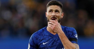 Lampard opens door for Giroud to leave Chelsea