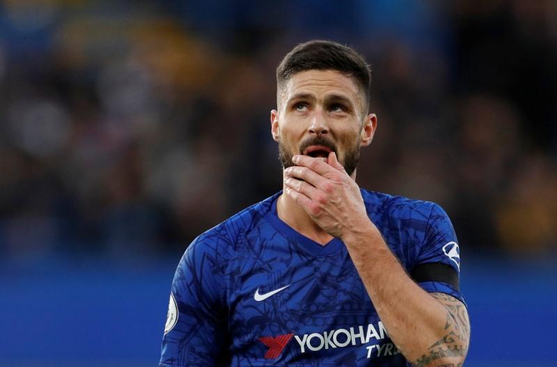 Lampard opens door for Giroud to leave Chelsea