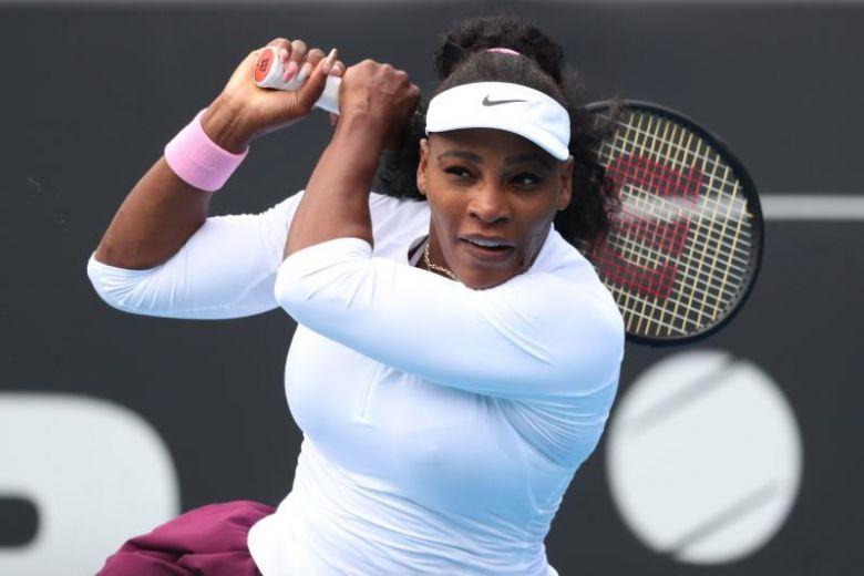 Serena falls to Azarenka in U.S. Open semi-finals