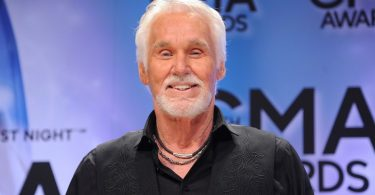Kenny Rogers: Country music legend dies in US, at age 81