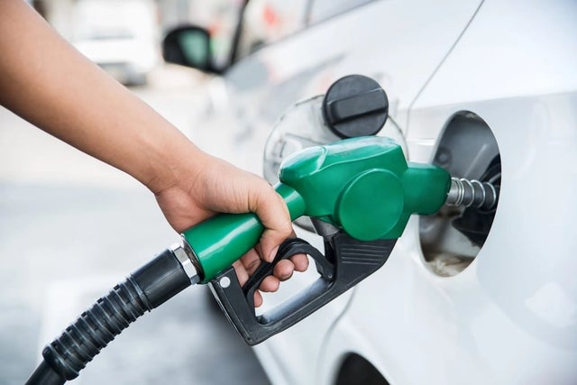 Oil marketers grieve over new petrol pump price, seek intervention fund