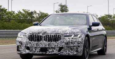 BMW unveils face-lifted 5, 6 Series in S. Korea
