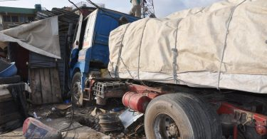Truck crushes 1, injures 2 in Ogun