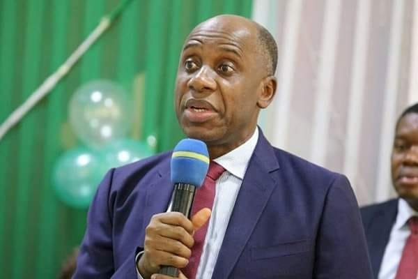ETO failure ignites fireworks between Rotimi Amaechi and Service Providers Amaechi: 'Our Port is Inefficient' as STOAN says 'Blame the Road!'