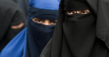 NIQAB: German state bans full-face veils in classrooms