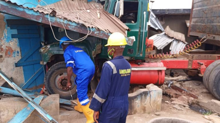 Articulated truck crashes into residential building in Lagos