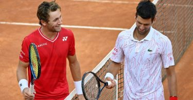 Djokovic battles past Ruud to reach Italian Open final