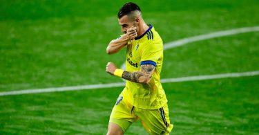 Surprise package Cadiz join Real Sociedad on top of La Liga