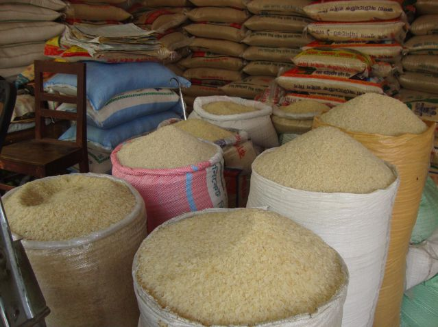 Residents decry high cost of rice in Enugu major markets