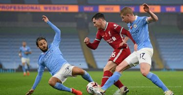 De Bruyne misses penalty kick as Manchester City draw with Liverpool