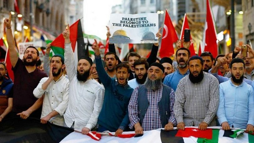 Arabs states draw closer to Israel to counter non-Arab powers Turkey and Iran