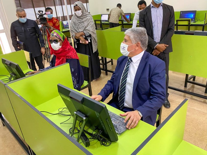 Israel, private organisation, donate e-learning centre to Nigerian Foundation