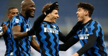 Inter Milan beat Juventus to go top in Serie A past AC Milan