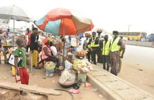FG begins mass sensitisation, give encroachers on Lagos-Ibadan Expressway eviction ultimatum