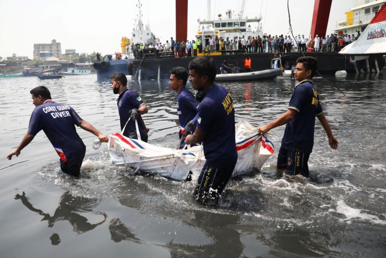Death toll from Bangladesh ferry crash rises to 34