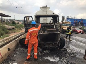 Tanker laden with petroleum product bursts into flames at Otedola Bridge