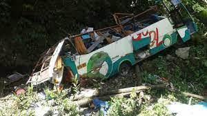 17 die in bus crash in northern Peru