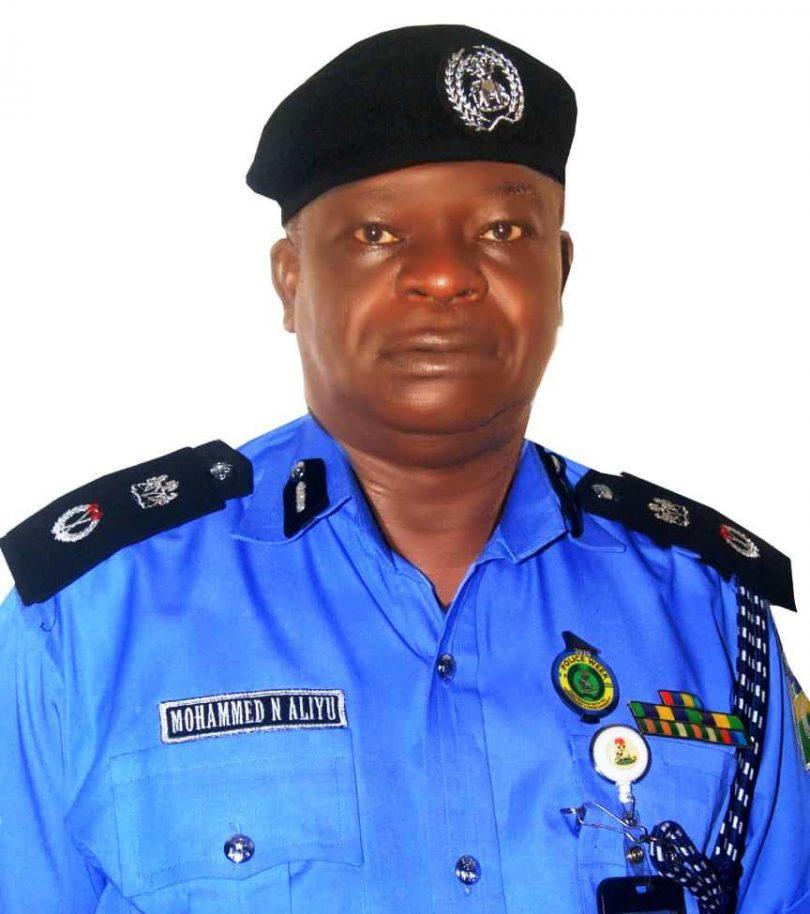 Enugu checkpoints: At least, 2 Policemen, 1 civilian feared dead, vehicle, burnt