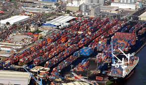 Freight forwarder calls for lighter terminals to decongest Lagos ports