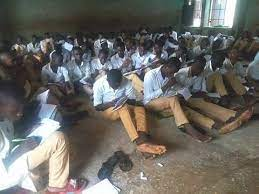 More students of oil rich Bayelsa State now writes exams on bare floor